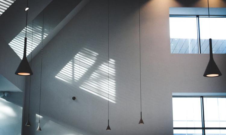 La-importancia-de-la-luz-en-la-decoración-del-hogar