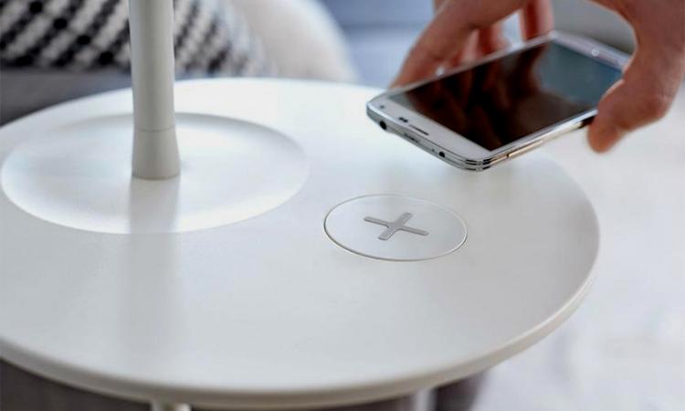 Conectividad y versatilidad en el mobiliario del mañana.