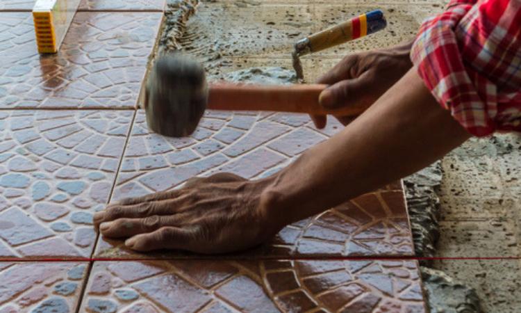 Razones para elegir cerámica para el suelo