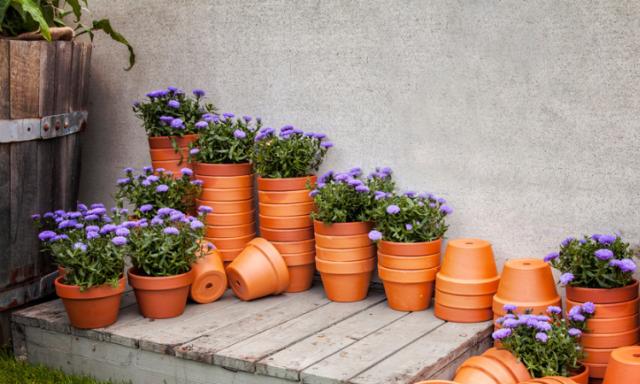 Por qué y cómo decorar con terracota el hogar.